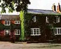 Stratford Accommodation -  Fox & Goose Inn