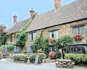 Cirencester accommodation - Red Lion Hotel