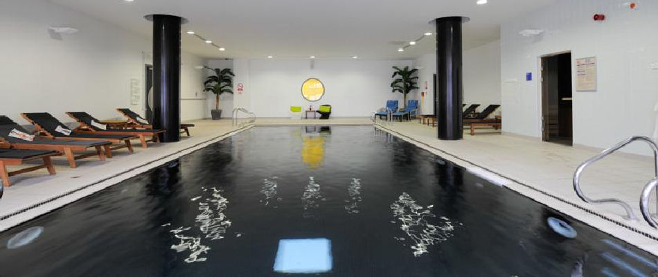 Hotels near the manchester arena for Gyms in manchester city centre with swimming pools